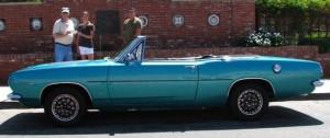 09-24-15-local-Fallbrook-Vintage-Car-Club-makes-four-donations-2-cp-701x294